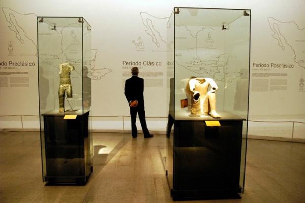 Museografia y Expo - Exposición Mexico Del Cuerpo Al Cosmos (3)